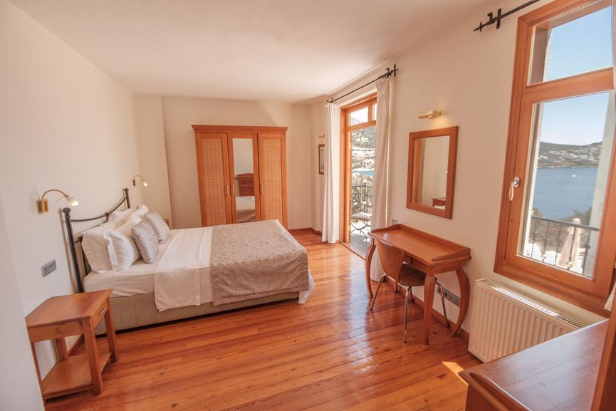 Villa Alev - Ensuite King Bedroom - Kalkana - Kalkan(1).jpg