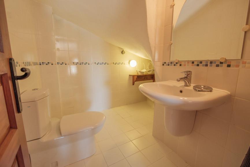 Villa ilayda - Downstairs Cloakroom - Kalkana - Kalkan.jpg