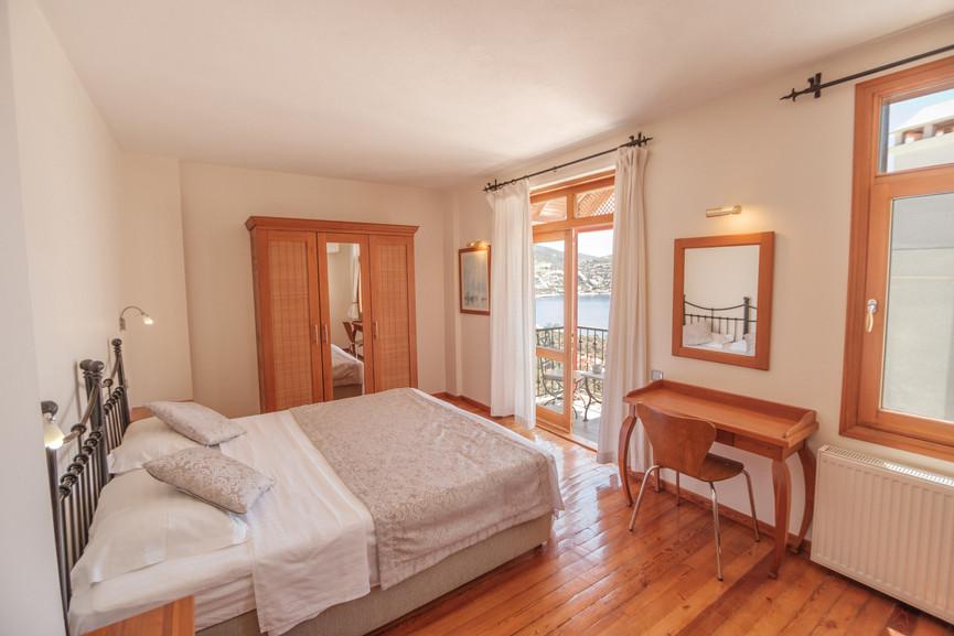Villa Alev - Ensuite Superking_Twin Bedroom - Kalkana - Kalkan.jpg