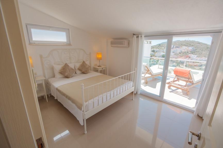 Sunset 3 - Ensuite Master Bedroom - Kalkana - Kalkan(2).jpg