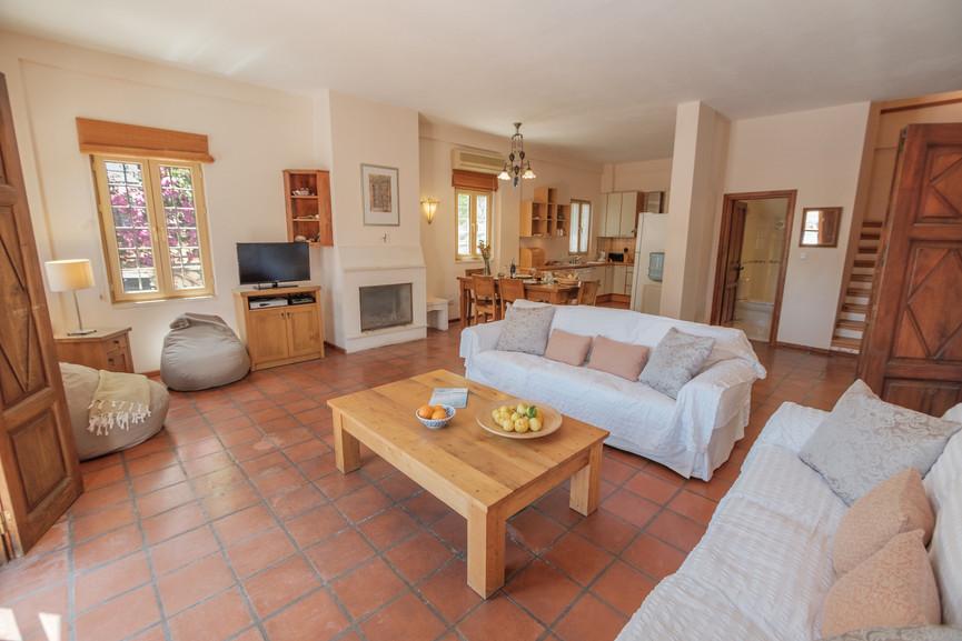 Villa ilayda - Open Plan Kitchen - Diner - Sitting - Kalkana - Kalkan(3).jpg