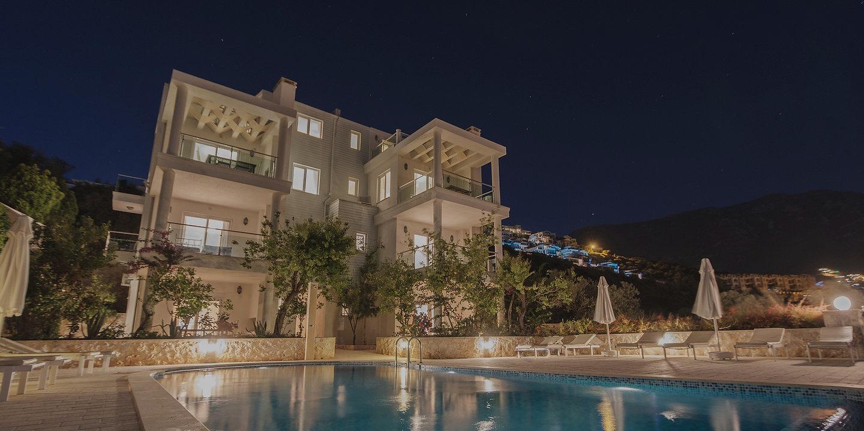 Villa Sunset - Hero Slide 1_edited.jpg