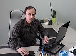 GEORGE AMOIRIDIS Professor der Neurologie und klinischen Neurophysiologie