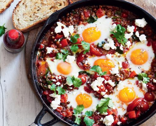Dietitian's Pick: Mexican Baked Eggs with Tomatoes & Lentils