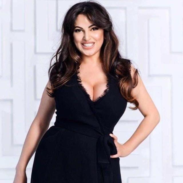 Karina Flores Soprano