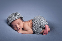 newborn photography on a budget