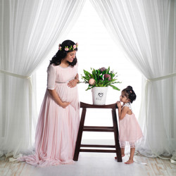 maternity photographer in kerala