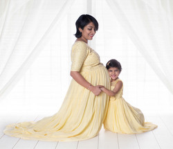 recommended maternity photographer