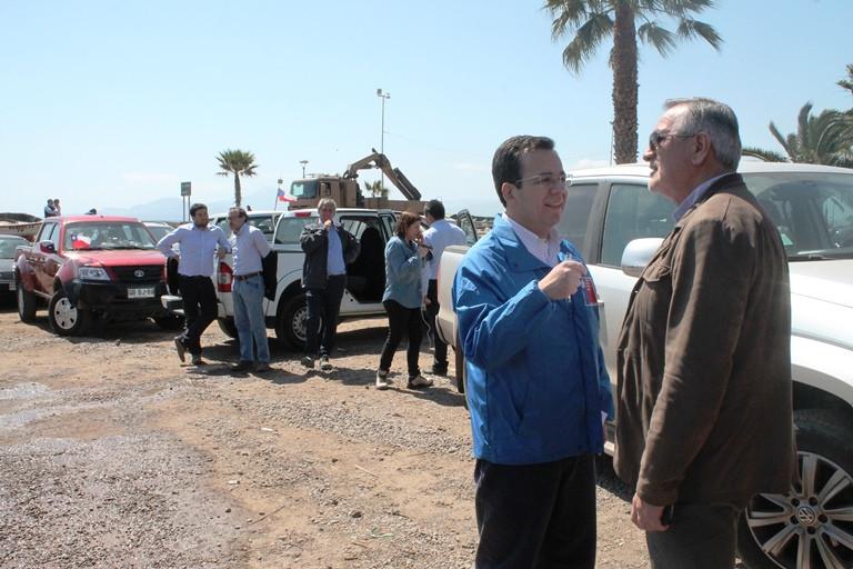 Analizando necesidades en terreno junto a Ministro de Economía en Coquimbo.