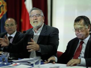 Diputado Raúl Saldívar presentó iniciativa para impedir nuevos homenajes a Pinochet