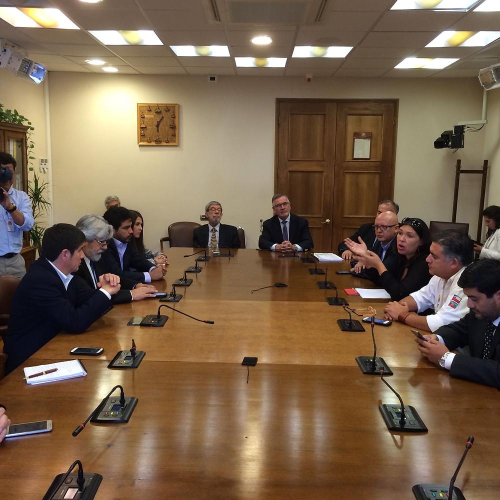 Reunión de diputados bancada PS con la CUT
