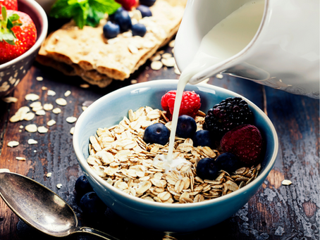 5 benefits of having milk with oats for daily breakfast