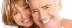 casal-idosos-sorrindo11_edited