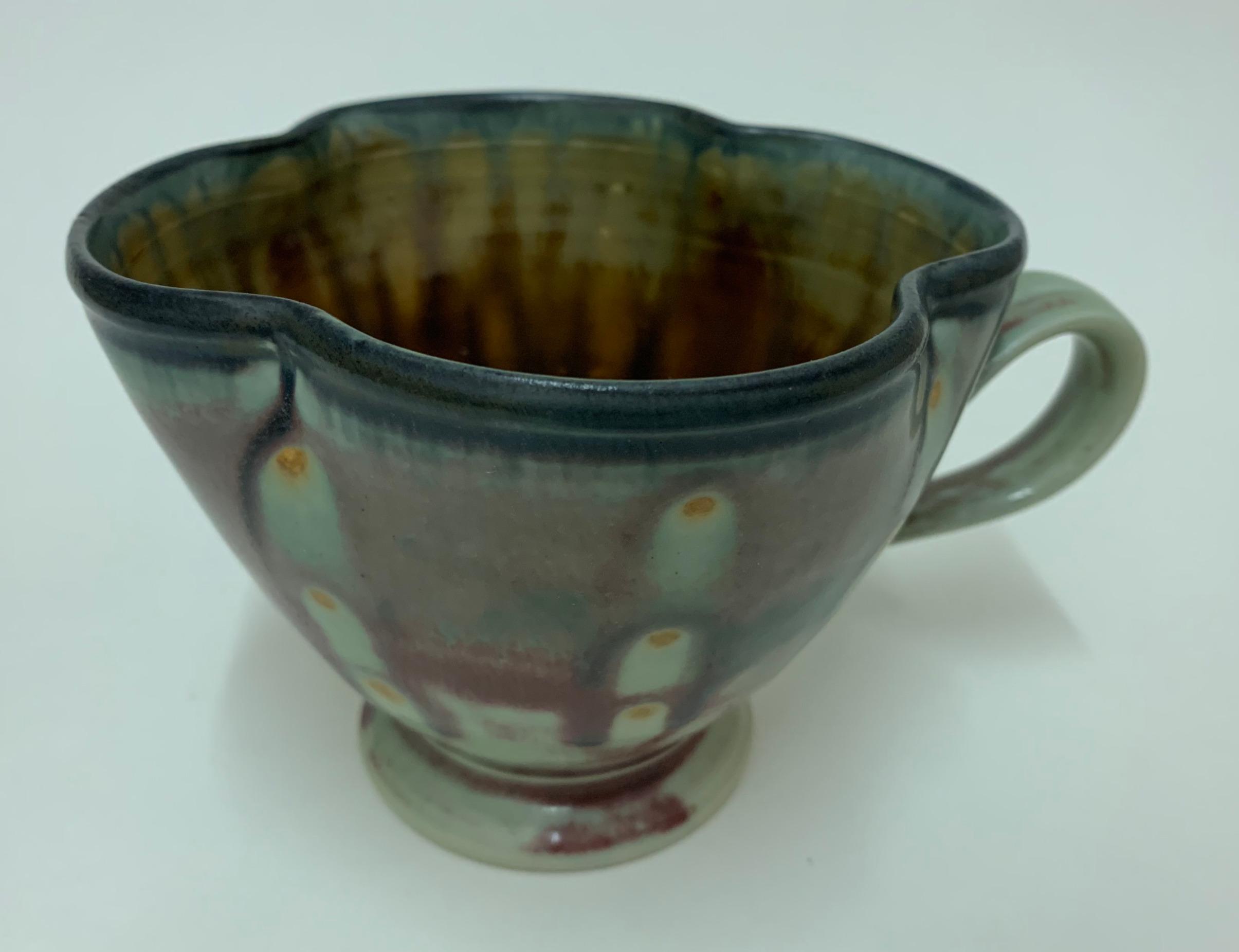 Dots Clover Mug