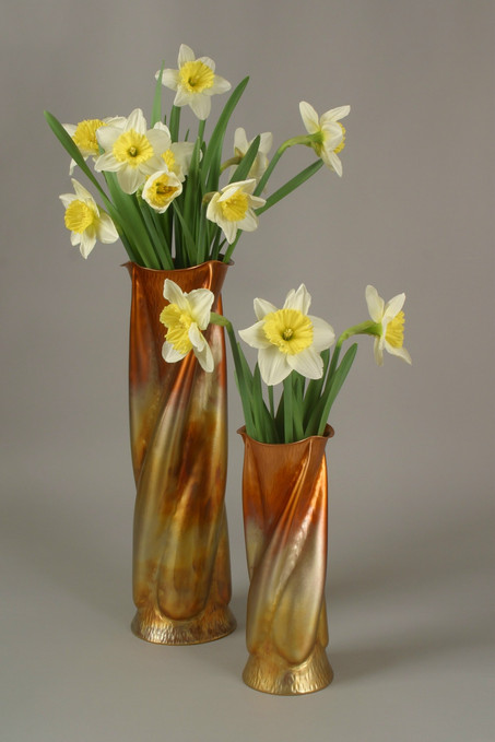The Trumpet Vine Vase Set