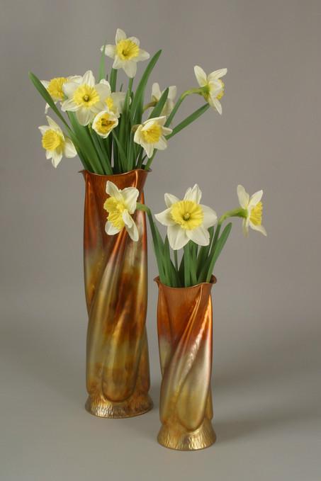 The Trumpet Vine Vase Set