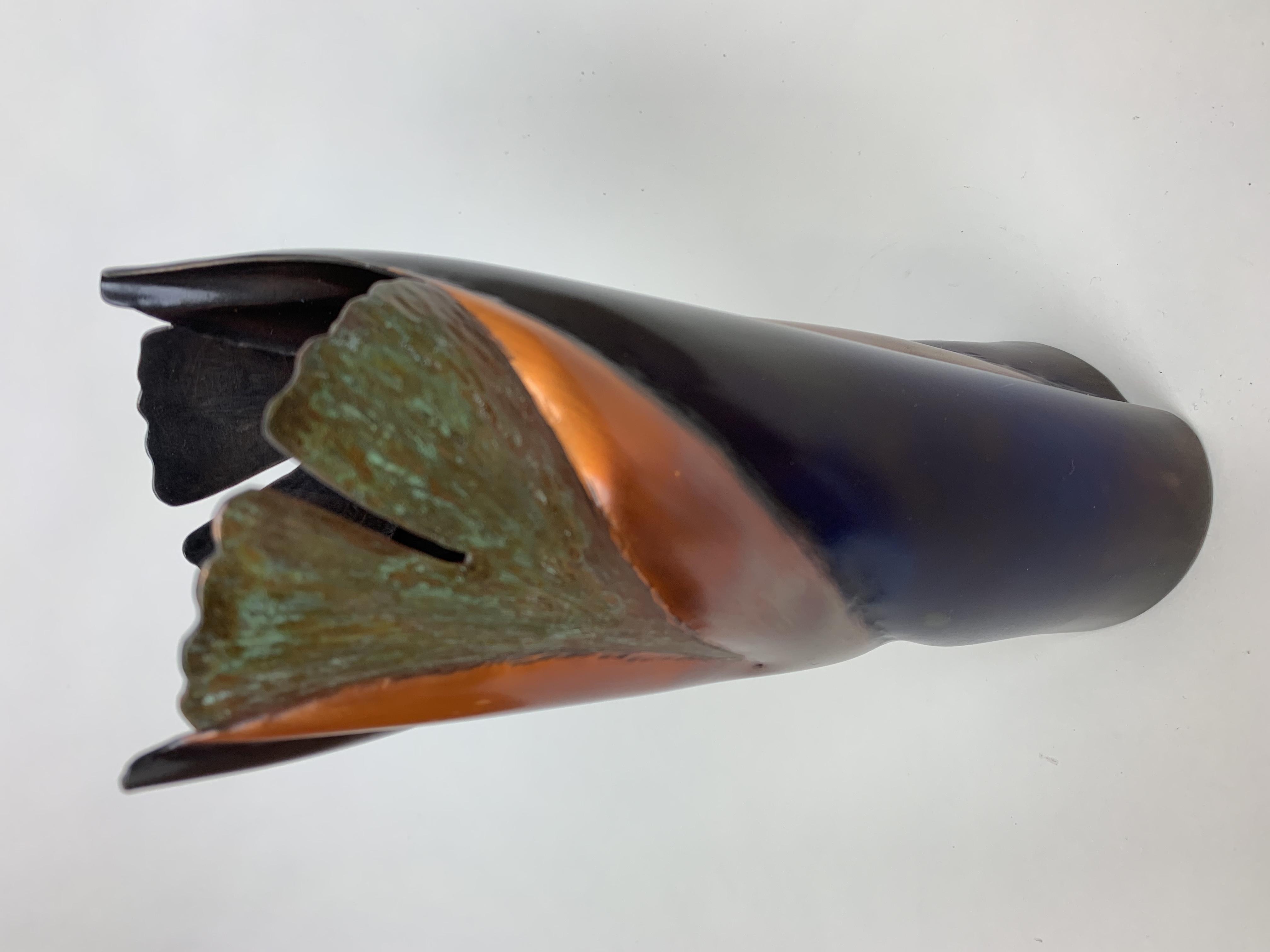 2 Leaf Ginkgo Vase (Cbg)