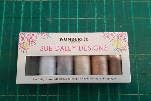 Wonderfil thread pack.