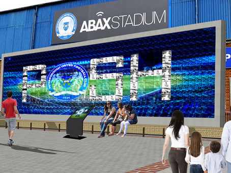FANS WALL COMES TO LIFE AT POSH