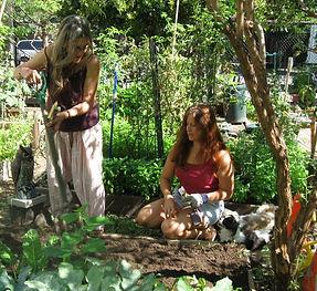 campos community garden contact