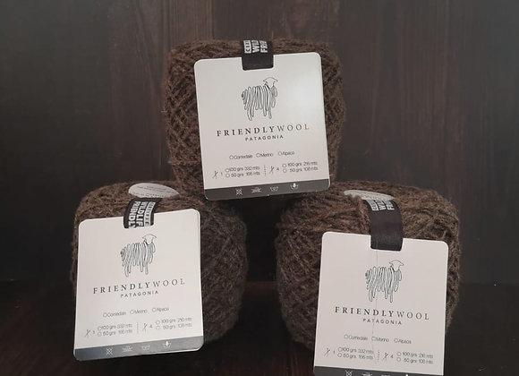 Ovillo 100% oveja Corriedale chocolate 2 hebras Wildlife Friendly