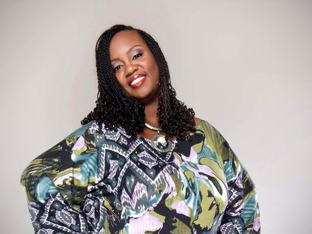 """Author, Producer & Co-Host of  Podcast """"Let's Chat"""", Lissha Sadler is Taking Social Media by Storm!"""