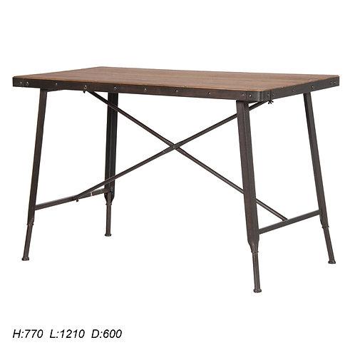 Iron / Wood Table