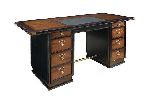 On the Orient Captains Desk, Black