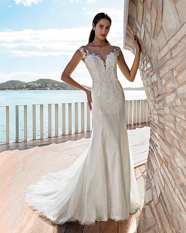 Brautkleid von Opus61 Brautmode und Abendmode im Stil Fit and Flare mit Spitze und Tüll  in der Farbe ivory