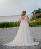 Curvybride, Brautmode, Plussize Brautmode, Hochzeitskleid, Bridalstar