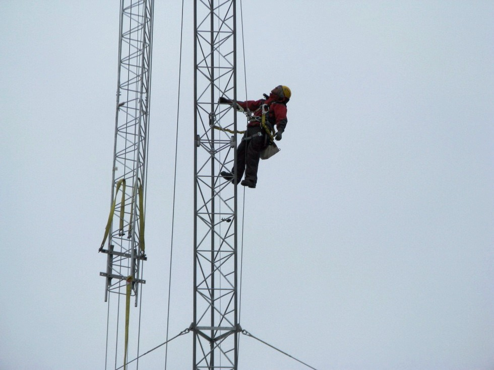 Lattice tower installation