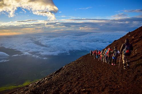 一起去爬富士山吧(預約訂金)