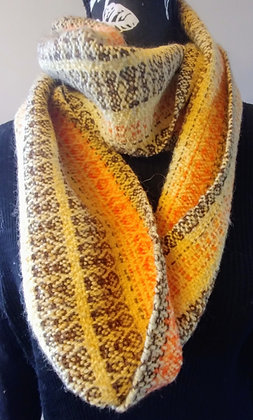 Scarf Yellow and brown