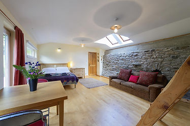 Eco yoga bothy family room.jpg