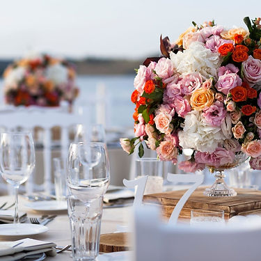 Wondrous Events - table flowers.jpg