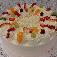 Joghurt-Obst-Torte