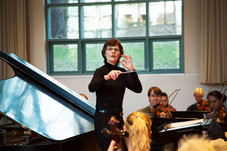 Kiesewetter conducting .jpg