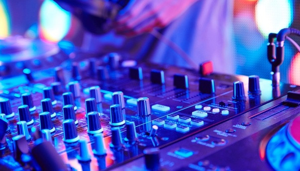 Dj classes hyderabad, dj courses hyderabad, patsav dj academy, partymap dj academy, dj lessons in hyderabad