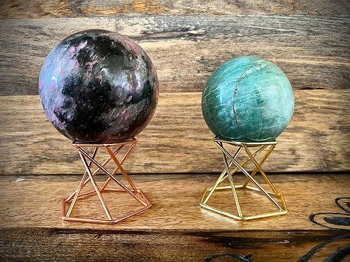 Reversible Twist Sphere Stands