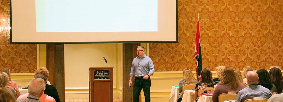 Body Language Expert and Speaker