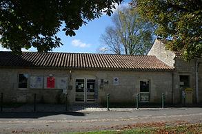 Poste et Office de tourisme