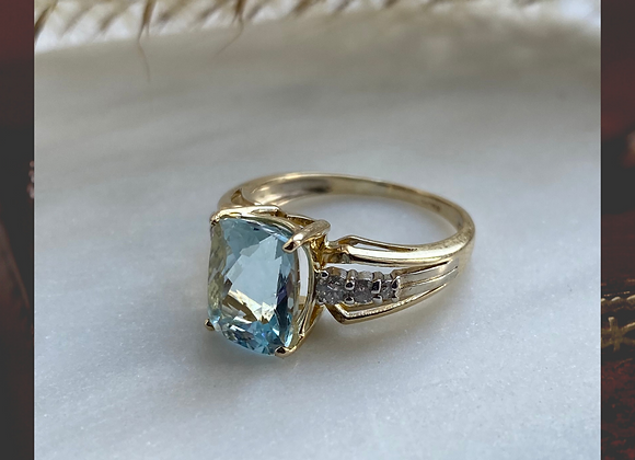 9ct Aqua & Diamond Ring