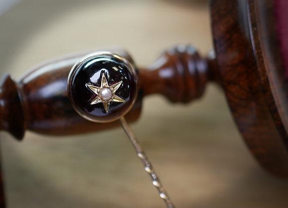 Victorian 15ct Garnet Stick Pin