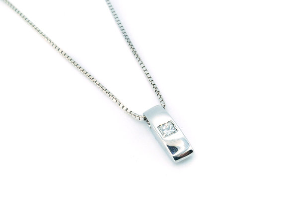 18ct Princess Cut Diamond Pendant