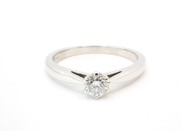 18ct 6 Claw Diamond Solitaire