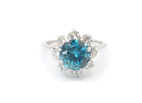 18ct Blue Zircon & DiamondCluster Ring