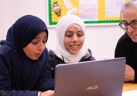 Techbridge Girls Meet the Hack Computer