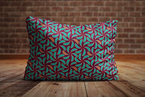 Alle kussens zijn handgemaakt en hebben een print ontworpen door Hilde Sannen