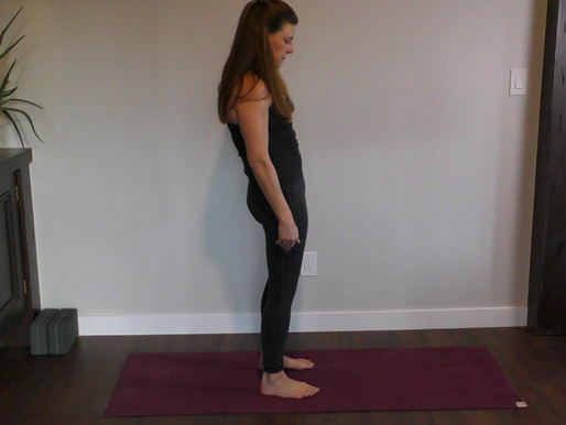 Identifying Pelvic tendencies and excessive posterior tilt in yoga and everyday life.