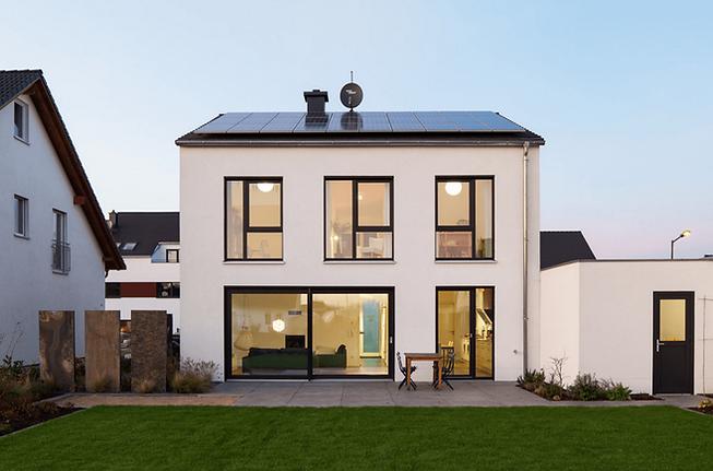 solar-minimalistic-look.png